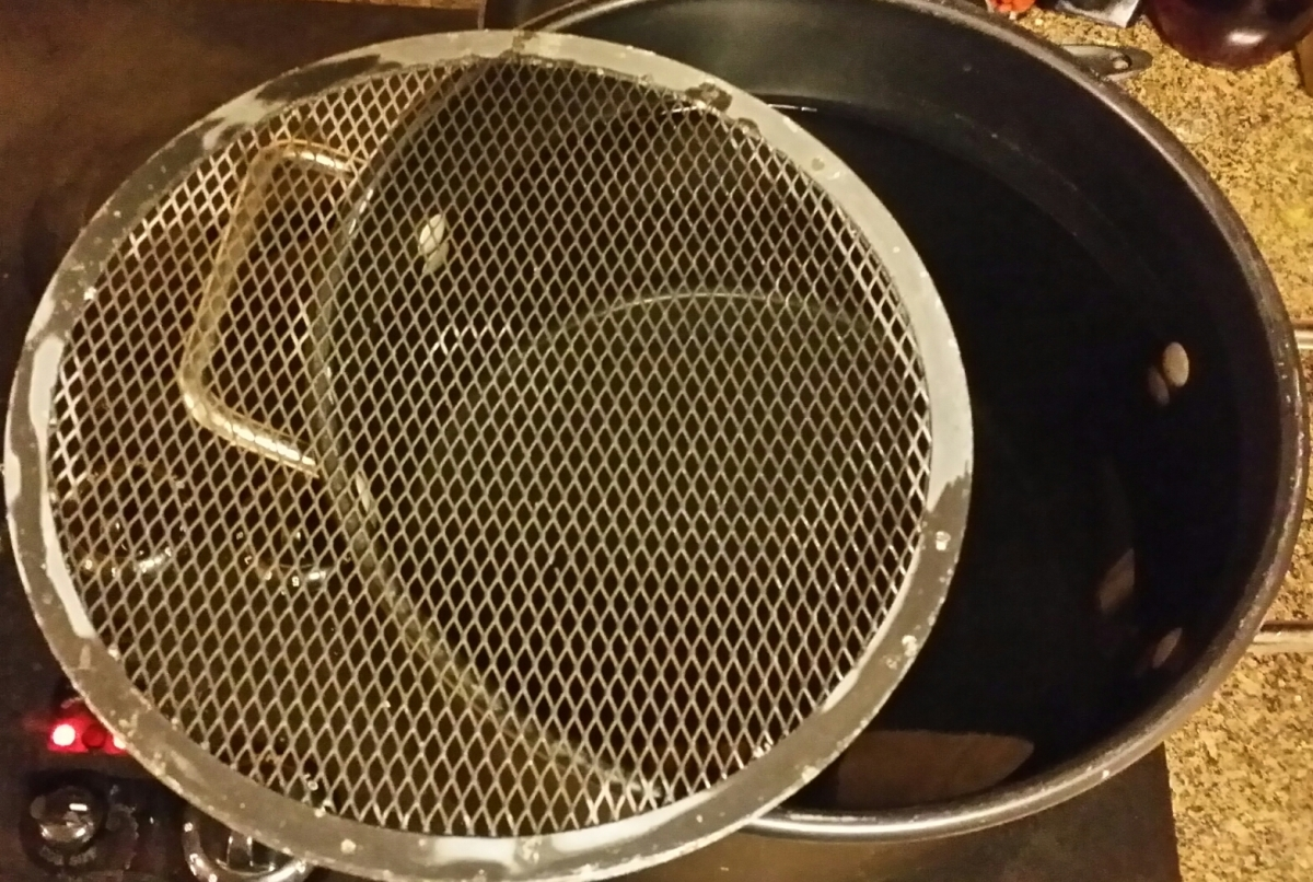 Cake Cooling Rack Slightly Smaller than Pot